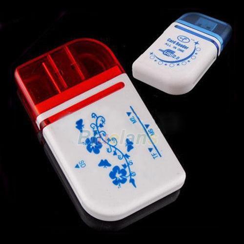 Картридер универсальный CARD READER All 15 in 1 белый с синими цветами
