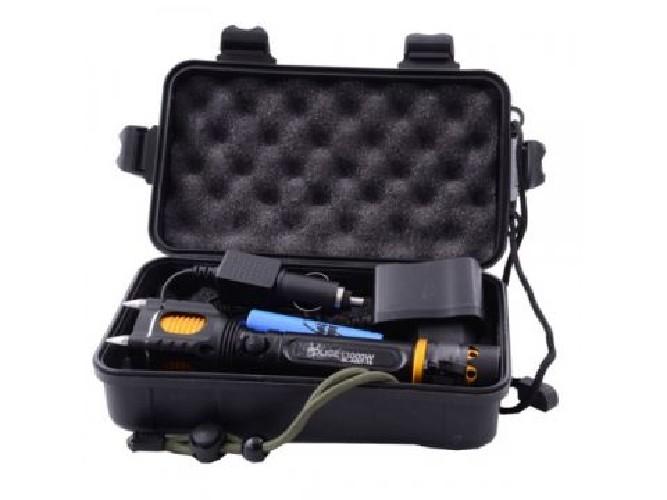 Фонарь POWER STYLE H-550 32000W + АКБ 18650 5200mAh + СЗУ + АЗУ + zoom в чемодане